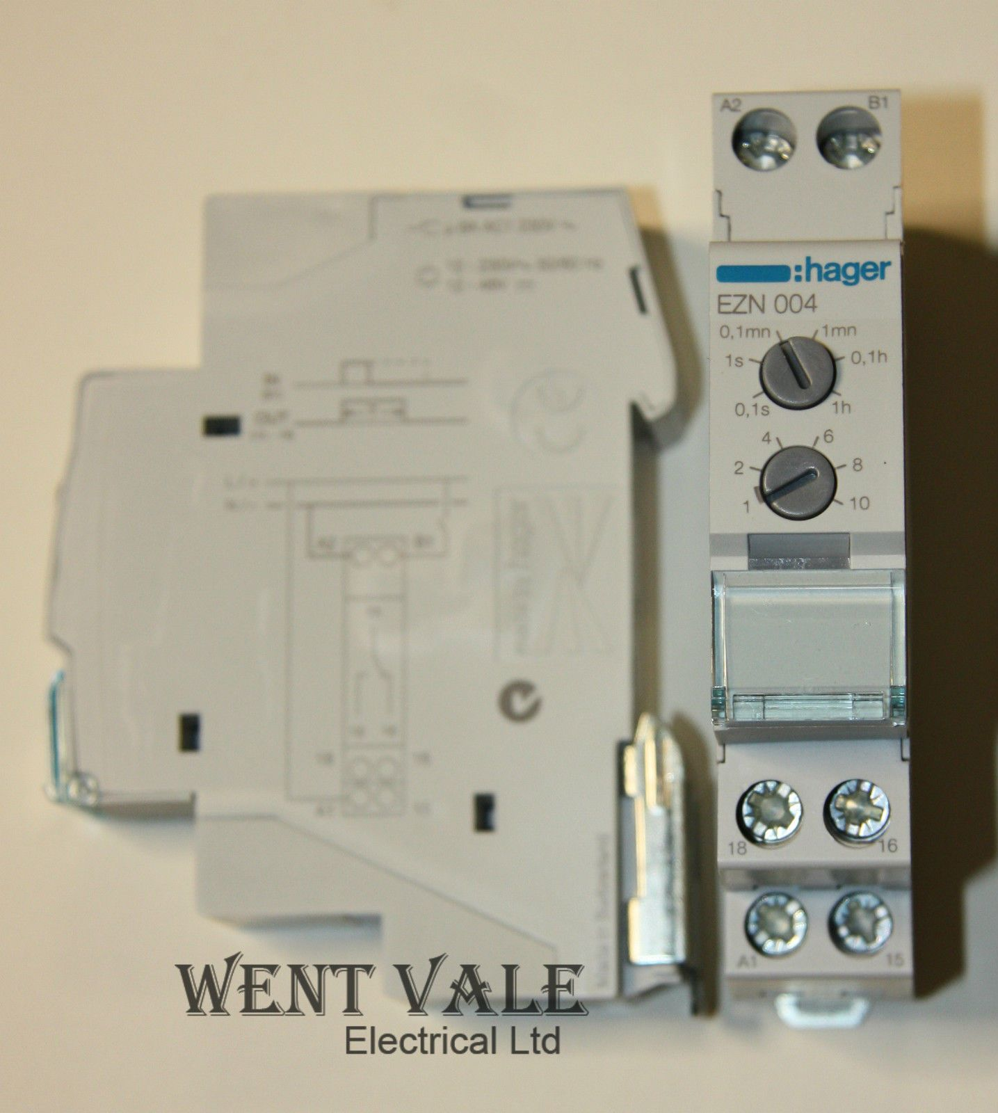 hager ezn004 delay timer relay new in box 11831 p hager fuse box timer hager wiring diagrams instruction changing a fuse in a hager fuse box at alyssarenee.co