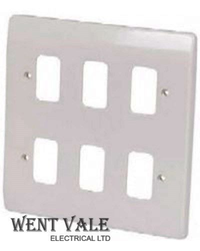 Crabtree Rockergrid 5576 - White Moulded 6 Module Flush Switch Plate Un-used