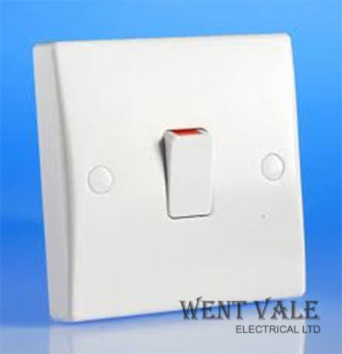 GET Ultimate Slimline - GU2013 - White Moulded 20a Double Pole Switch with Flex Outlet New