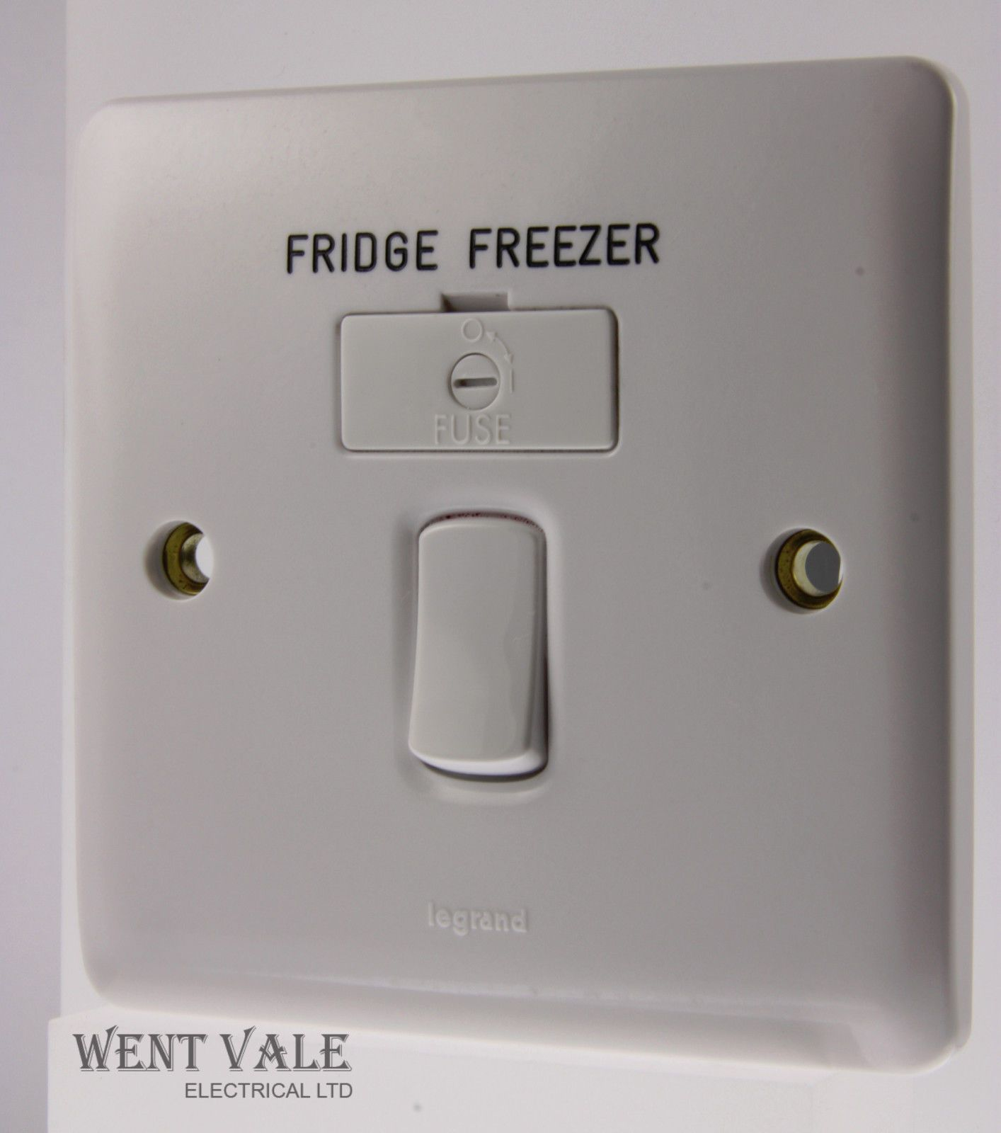 Legrand Synergy 7300 34ff 13a Switched Fused Spur Engraved Fridge Freezer
