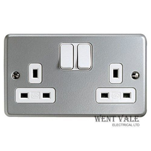 MK Metalclad Plus - K2946 ALM - 13a Twin Switched Socket Outlet New