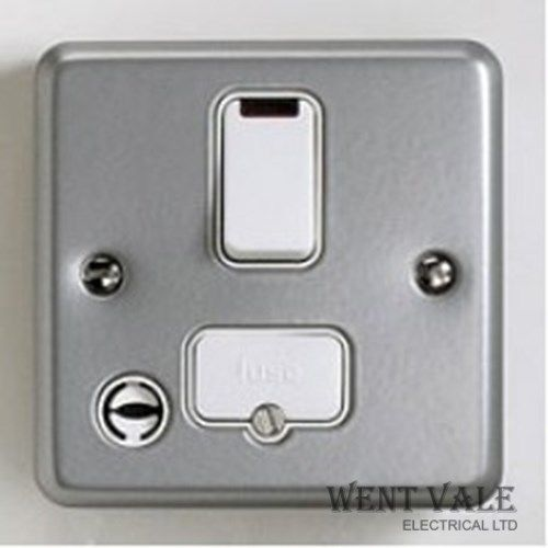 MK Metalclad Plus - K972ALM - 13a Switched Fused Spur - Front Flex Outlet & Neon New